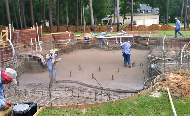 - Swimming pool construction process ...