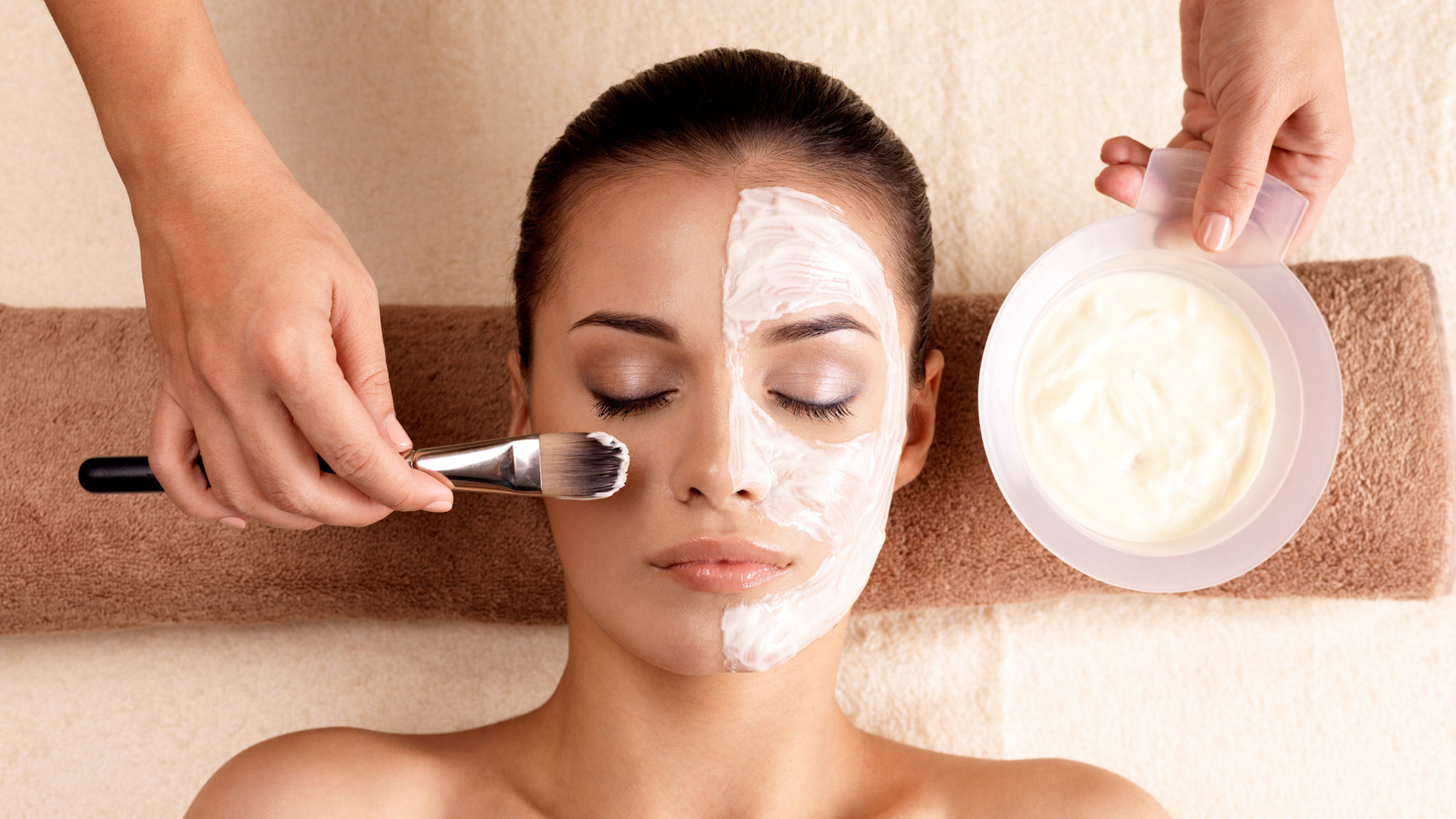<h2>Face Treatments</h2><p>Healthy, shiny, youthful skin</p>