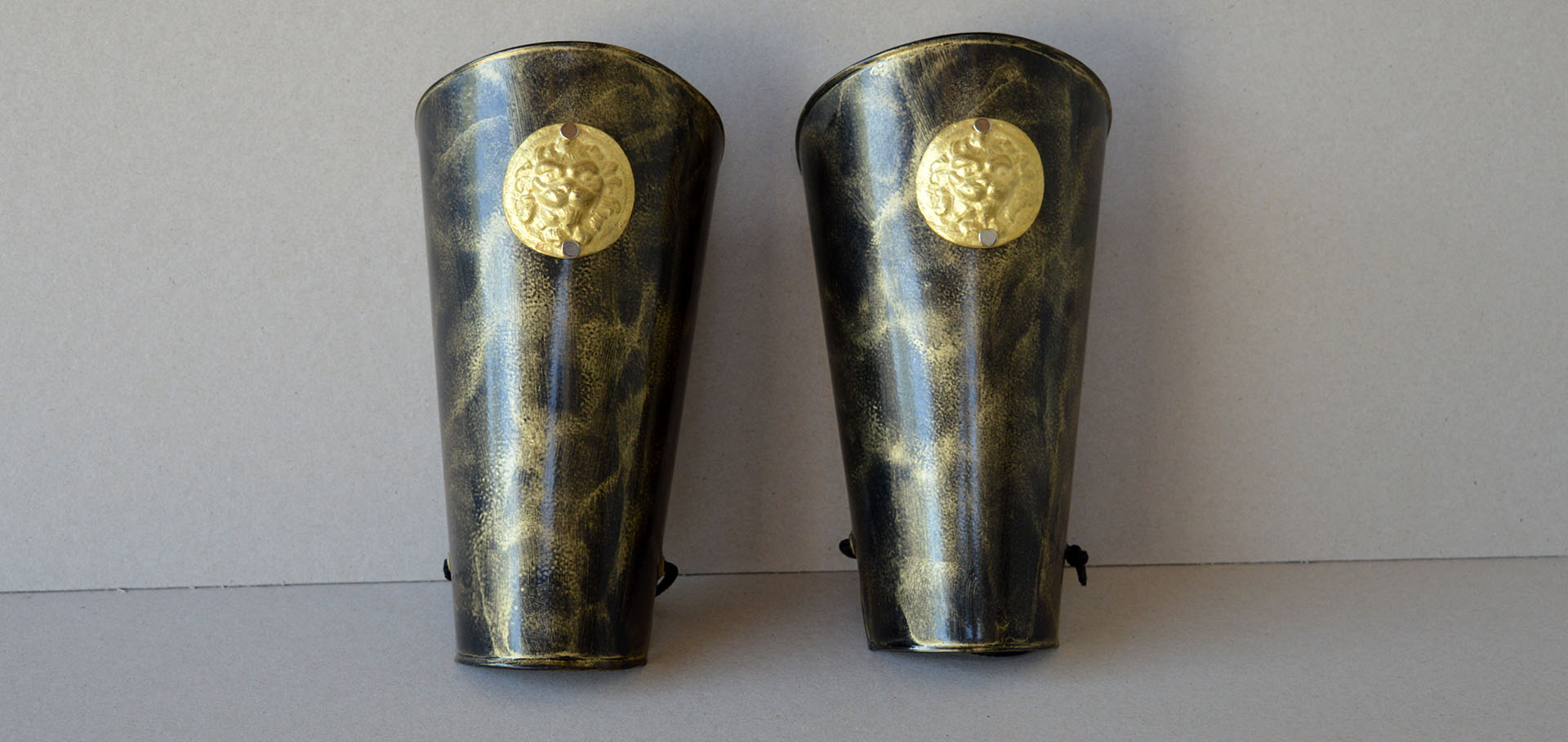 <h2>Leggings</h2><p>Shields, Ancient Helmets</p>