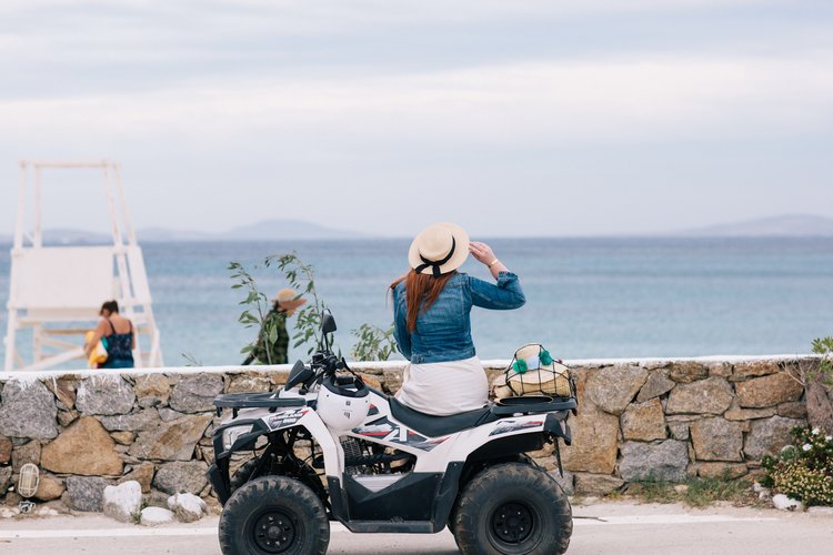 <h2>Discover the island with the ATV of your choice</h2>