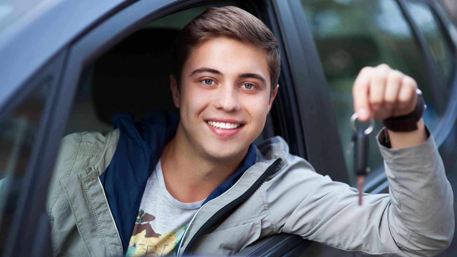 <h2>DRIVING SCHOOL - XATZIGIANNIS TASOS</h2><p>Diplomas of all categories, EEI, Diploma renewal, Extension, Loss, Revisions, KTEO</p><div class='bgslideshowmore'><a href='http://www.sxoliodigonxatzigiannis.gr/more2.php?l=en&id=7845' >More...</a></div>