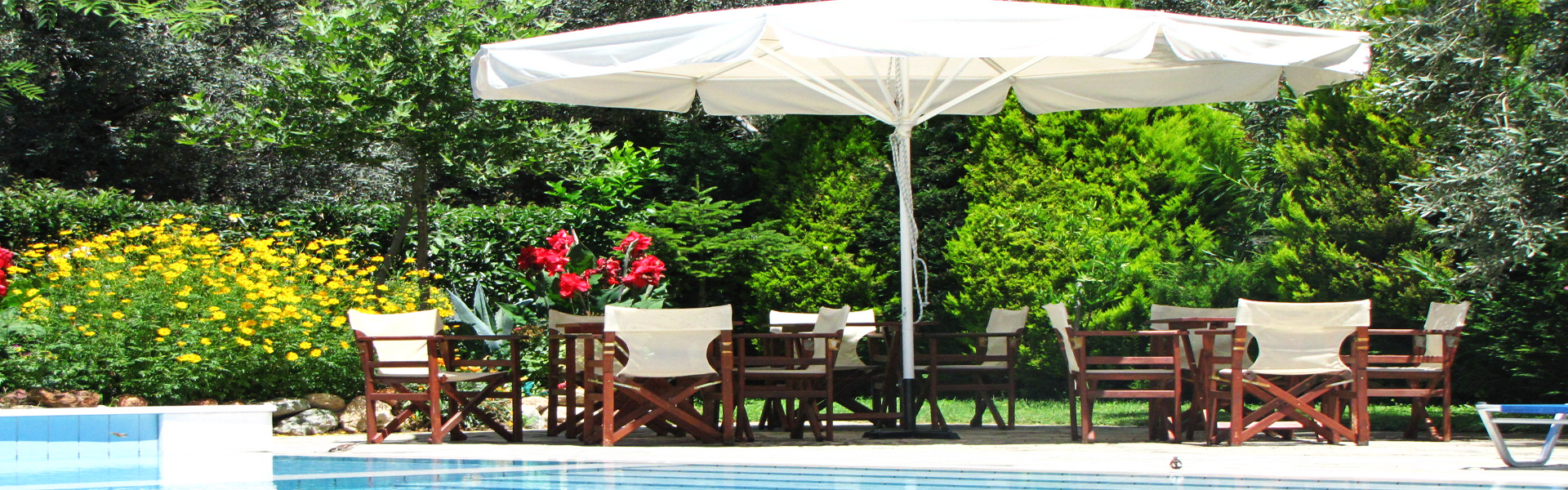 <h2>Parasols and garden furniture</h2><p>Unique furnishing and decoration options</p><div class='bgslideshowmore'><a href='http://www.tenteshalkidiki.4ty.gr/more3.php?l=en' >More...</a></div>